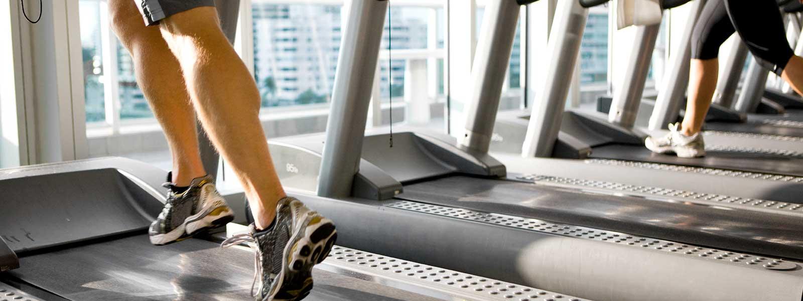 Innovo Living In Sunrise Man Running in Gym